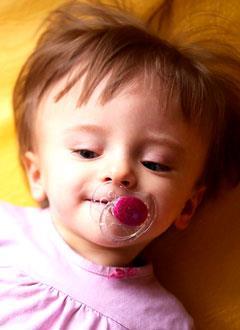 Вероника Мигунова, полтора года, детский церебральный паралич, требуется лечение. 199620 руб.