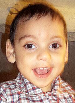 Арман Акелян, полтора года, детский церебральный паралич, симптоматическая эпилепсия, требуется лечение. 199620 руб.
