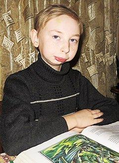 Ваня Ядыкин, 11 лет, аномалия развития нижней челюсти, требуется специальный аппарат – дистрактор. 521894 руб.