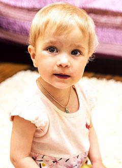 Соня Калинина, полтора года, двусторонняя хроническая сенсоневральная глухота, требуются слуховые аппараты. 215630 руб.