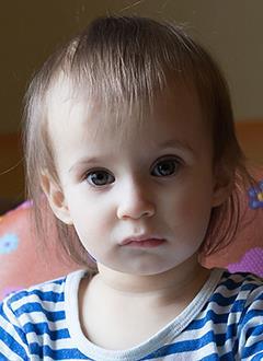 Ира Овчинникова, полтора года, миелодиспластический синдром, спасет трансплантация костного мозга. 1349127 руб.
