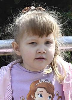 Даша Байменова, 5 лет, детский церебральный паралич, требуется курсовое лечение. 199200 руб.
