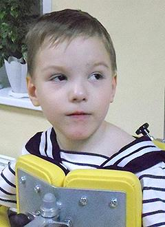Игорь Ершов, 7 лет, детский церебральный паралич, спастический тетрапарез, требуется реабилитационное устройство СВОШ. 99324 руб.