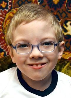 Даня Даничкин, 6 лет, детский церебральный паралич, требуется лечение. 199620 руб.