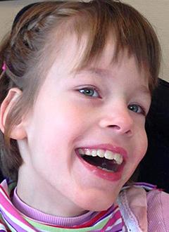 Тоня П., 10 лет, детский церебральный паралич, недоразвитие речи, частичная атрофия зрительных нервов, сколиоз 4 степени, требуются денежные средства на содержание в Свято-Софийском детском доме на год. 516000 руб.