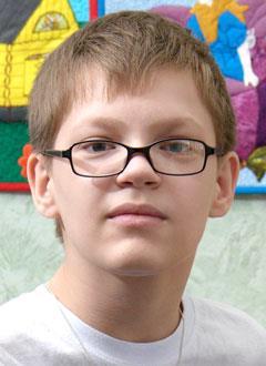 Егор Кузьмин, 13 лет, спинальная амиотрофия Верднига – Гоффмана, требуется лечение. 199620 руб.