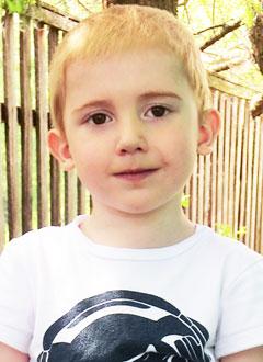 Артем Тихонов, 3 года, сложный врожденный порок сердца, требуется лекарство. 400000 руб.