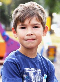 Эмир Кабиров, 7 лет, врожденный порок сердца, спасет эндоваскулярная операция, требуется окклюдер. 339200 руб.