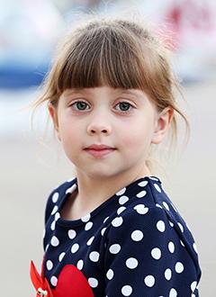 Ксюша Кабат, 6 лет, врожденный порок сердца, спасет эндоваскулярная операция, требуется окклюдер. 182556 руб.