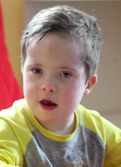 Антон Р., 10 лет, синдром Дауна, требуются средства для оплаты годового содержания в социальном доме. 516000 руб.