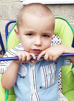 Женя Шилов, 4 года, задержка психоречевого развития, требуется курсовое лечение. 199200 руб.