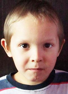 Ильдан Загитов, 6 лет, врожденный порок сердца, спасет эндоваскулярная операция, требуется окклюдер. 70700 руб.