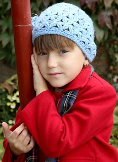 Ульяна Жукова, 7 лет, двусторонняя сенсоневральная тугоухость 3 степени, требуются слуховые аппараты. 215630 руб.