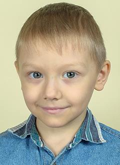 Матвей Орлов, 7 лет, приобретенная апластическая анемия тяжелой степени, спасут трансплантация костного мозга и лекарства. 3022220 руб.