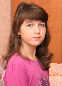 Даша Кичигина, 11 лет, врожденный порок сердца, спасет эндоваскулярная операция, требуется окклюдер. 285600 руб.