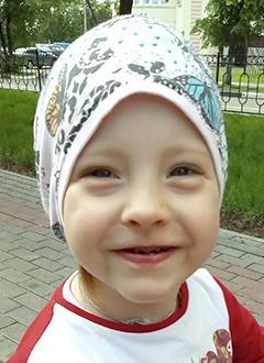 Тася Селезнева, 3 года, холестеатома (опухолевидное образование), микротия (недоразвитие) ушной раковины, атрезия слухового прохода справа, требуется операция в клинике Глобал Хиаринг (Пало-Альто, США). 2974952 руб.