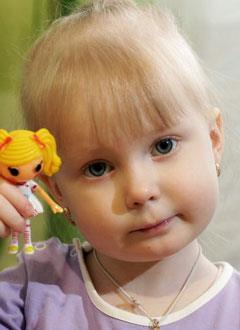 Карина Кошелева, 3 года, острый лимфобластный лейкоз, спасут лекарства. 1942692 руб.