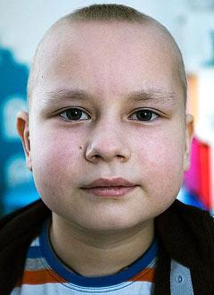 Гоша Севостьянов, 8 лет, острый бифенотипический лейкоз, требуется трансплантация костного мозга и лекарства. 1956042 руб.