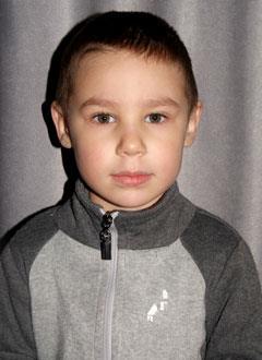 Сеня Мингазов, 3 года, двусторонняя сенсоневральная тугоухость 2-3 степени, требуются слуховые аппараты. 169492 руб.