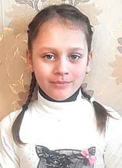 Саша Кузьмина, 9 лет, врожденный порок сердца, спасет эндоваскулярная операция, требуется окклюдер. 242799 руб.