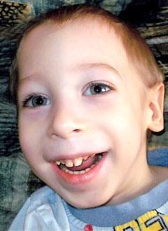 Даня Величков, 3 года, детский церебральный паралич, требуется лечение. 199620 руб.