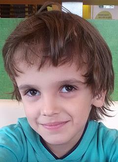 Алеша Филиппов, 7 лет, двусторонняя тугоухость 3 степени, требуются слуховые аппараты. 123888 руб.