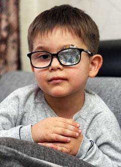 Гайсар Шакиров, 4 года, врожденный порок сердца, спасет эндоваскулярная операция, требуется два окклюдера. 285600 руб.