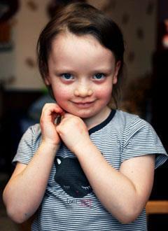 Настя Тиунова, 5 лет, врожденный порок сердца, спасет операция. 248760 руб.