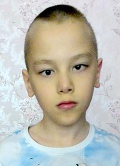 Дима Митрушов, 10 лет, детский церебральный паралич, требуется инвалидная коляска. 46330 руб.