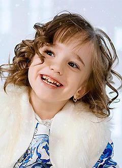 Лера Сухорученко, 7 лет, детский церебральный паралич, требуется лечение. 199620 руб.