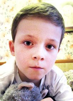 Андрей Кулыгин, 6 лет, врожденная двусторонняя косолапость, рецидив, требуется операция. 151900 руб.