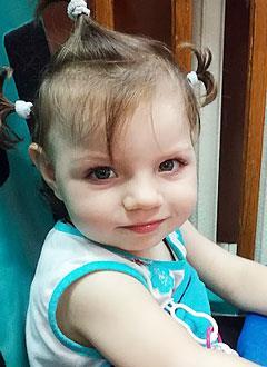 Ульяна Дмитриева, 2 года, нижний парапарез, задержка психомоторного развития, требуется лечение. 199430 руб.