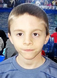 Илья Тютюников, 6 лет, врожденная двусторонняя косолапость, рецидив, требуется лечение. 151900 руб.
