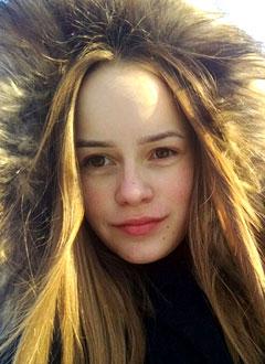 Лера Ермакова, 15 лет, реберная дисплазия, воронкообразная деформация грудной клетки, требуется операция. 204622 руб.