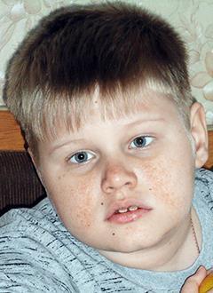 Ростислав Кубарев, 9 лет, туберозный склероз, эпилепсия, требуется специальный тренажер. 81809 руб.