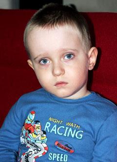 Матвей Мирошников, 2 года, эпилепсия, детский церебральный паралич, требуется лечение. 199430 руб.