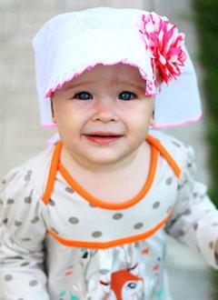 Марьяна Комова, 2 года, двусторонний пузырно-мочеточниковый рефлюкс 3-й степени, требуется операция. 75731 руб.