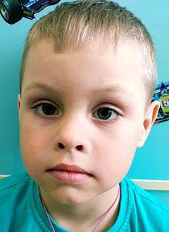 Ваня Угрюмов, 4 года, двусторонняя тугоухость 2-й степени, состояние после радикальных операций на ушах, требуются слуховые аппараты костной проводимости. 316820 руб.