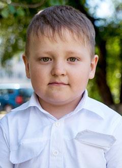 Степа Капустин, 6 лет, злокачественная опухоль – нейробластома левого надпочечника, 4-я стадия, требуются лекарства. 279600 руб.