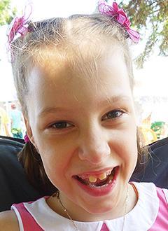 Ксюша Свиридова, 8 лет, детский церебральный паралич, требуется операция. 142668 руб.
