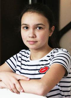 Эрика Булатова, 12 лет, врожденный порок сердца, спасет эндоваскулярная операция, требуются стенты. 596860 руб.