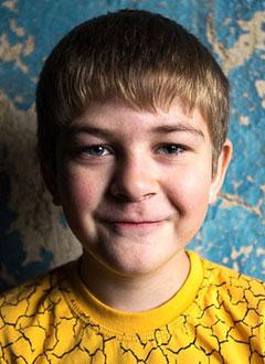 Антон Жуков, 8 лет, врожденный порок сердца, стеноз и недостаточность протеза легочной артерии, требуется операция. 1013596 руб.
