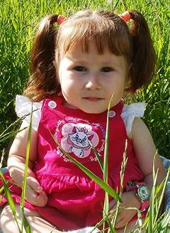 София Князева, 5 лет, несовершенный остеогенез, требуется курсовое лечение. 527310 руб.
