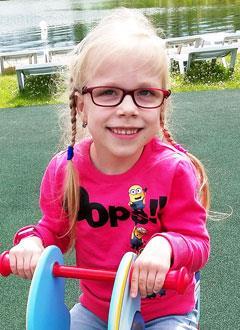 Лиза Степаненко, 7 лет, детский церебральный паралич, требуется лечение. 199430 руб.