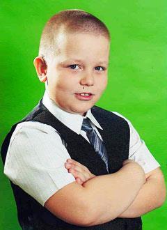 Дима Дудинов, 10 лет, правосторонняя сенсоневральная глухота, левосторонняя сенсоневральная тугоухость 4-й степени, требуются слуховые аппараты. 219062 руб.