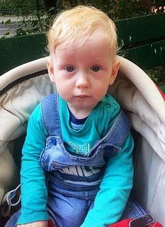 Тимур Анфалов, 1 год, врожденный порок сердца, спасет операция. 496500 руб.
