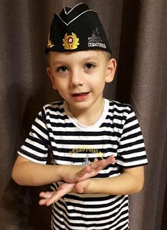 Матвей Воробьев, 6 лет, детский церебральный паралич, требуется лечение. 199430 руб.