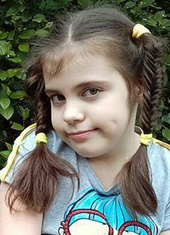 Яна Кабанова, 11 лет, детский церебральный паралич, требуется специальный тренажер. 60099 руб.