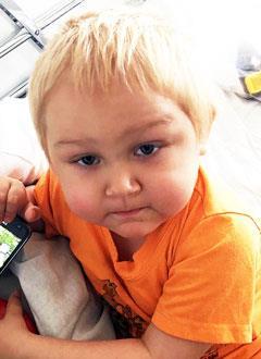 Сережа Годунов, 3 года, острый лимфобластный лейкоз, спасет трансплантация костного мозга, требуются поиск и активация донора в международном регистре и лекарства. 2803346 руб.