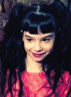 Алина Рослякова, 13 лет, детский церебральный паралич, требуется курсовое лечение. 190800 руб.